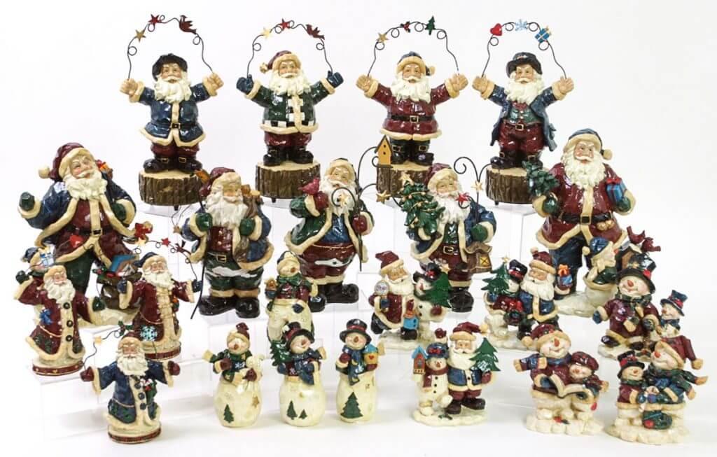 PierLightMedia-Milwaukee-WI_Holsey-Christmas_Wood_Carved
